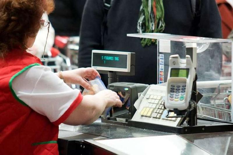 Житель Калуги решил, что в Смоленской области платить за товары в магазине не нужно