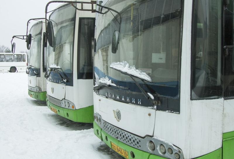 В Смоленск прибыли восемь автобусов из Москвы
