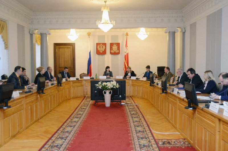 В Смоленске обсудили подготовку кадров для приоритетных отраслей экономики региона
