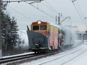 18 спецмашин подготовили к очистке путей от снега в Смоленском регионе МЖД