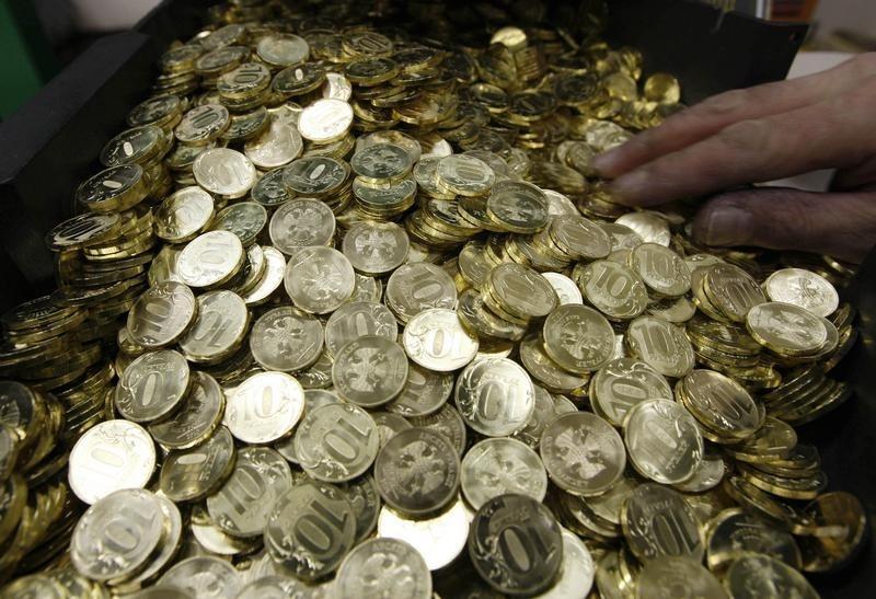 Смоляне сдали в банки более 300 кг монет