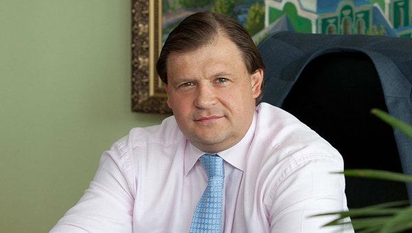 Гендиректор АО «ПО «Кристалл» Максим Шкадов покинет должность