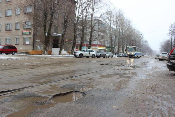 «Миллионы – на дороги». Какие улицы отремонтируют в Смоленске