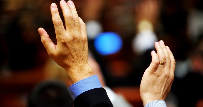Фракция КПРФ в горсовете проголосует за отставку главы Смоленска