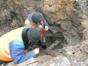 В райцентре Смоленской области без воды остались почти три тысячи жителей