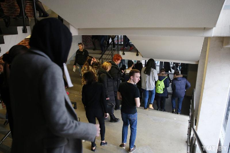 В Смоленске эвакуируют посетителей торговых центров