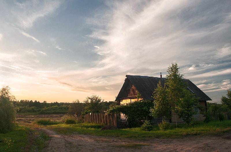Специалисты подсчитали, за сколько лет смоляне могут накопить на новый дом