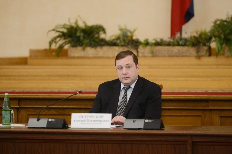 Губернатор пригрозил профильным чиновникам увольнением из-за мусорной проблемы