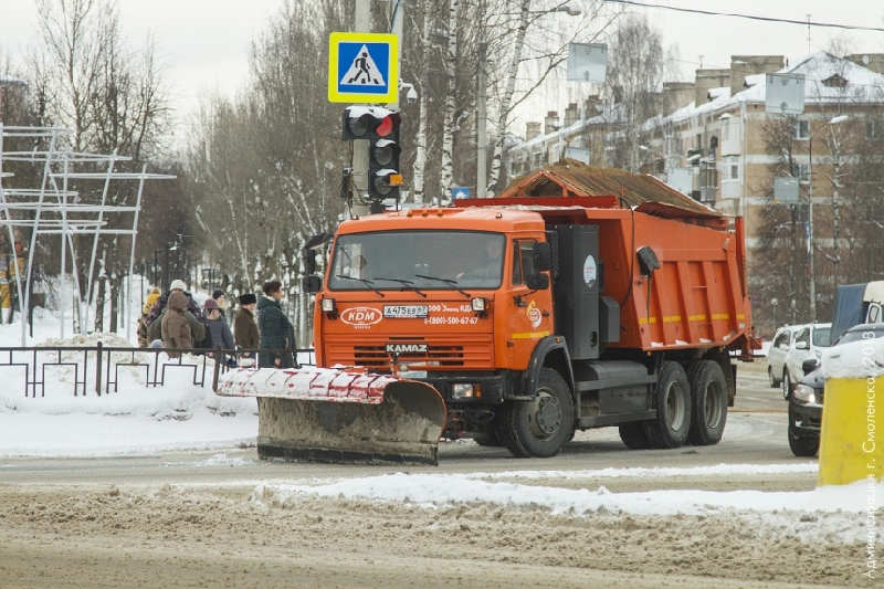 Чиновники отчитались об уборке снега в Смоленске