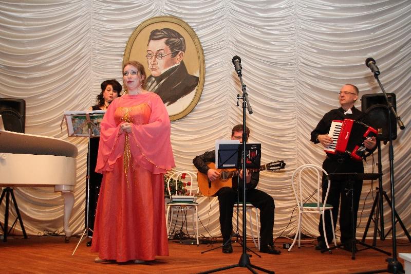 На Смоленщине прошли торжественные мероприятия, приуроченные к 224-летию со дня рождения Александра Грибоедова