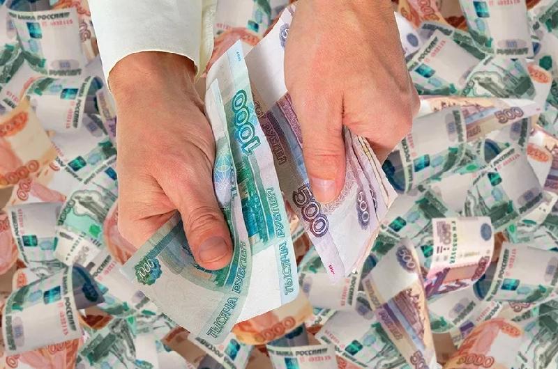 В Смоленске суд обязал предпринимателя вернуть в бюджет 300 тысяч рублей