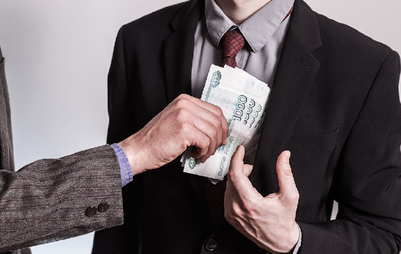 В Смоленской области почти в три раза вырос средний размер взятки