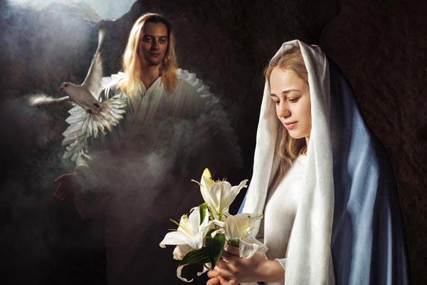 Соприкасаясь со святостью