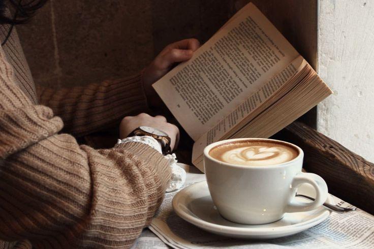 В кафе Смоленска начали читать вслух сказки