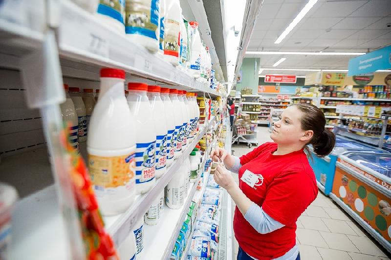 «Разложат по полочкам». Новые правила размещения «молочки» в магазинах