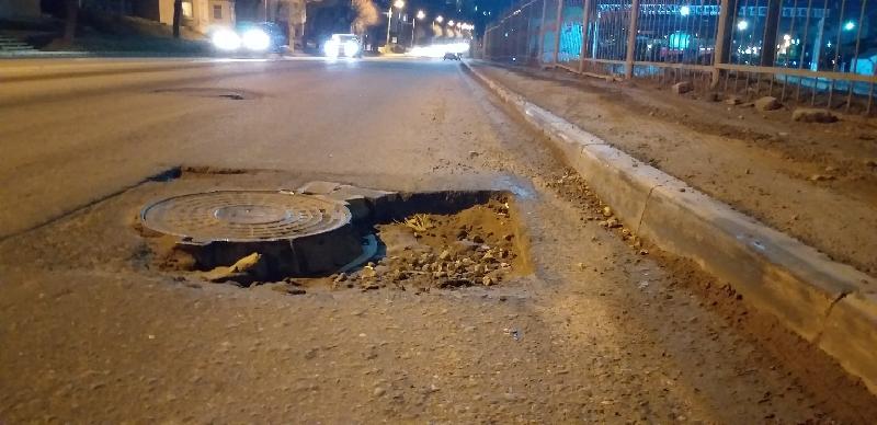 В Смоленске в Заднепровье водителей поджидает опасность