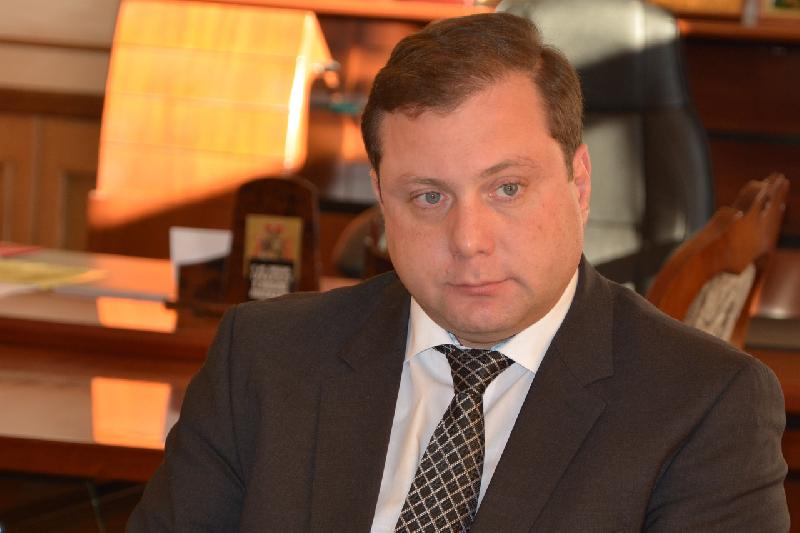 Алексей Островский напомнил новому главе Смоленска, что он ждет от него волевых кадровых решений