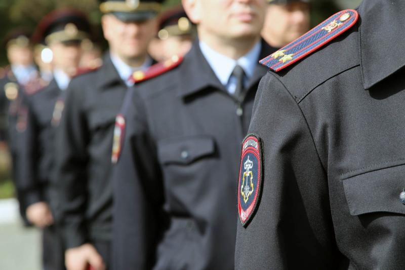 «Зарплата от 35 тысяч рублей в месяц». Смолян приглашают на службу в полицию