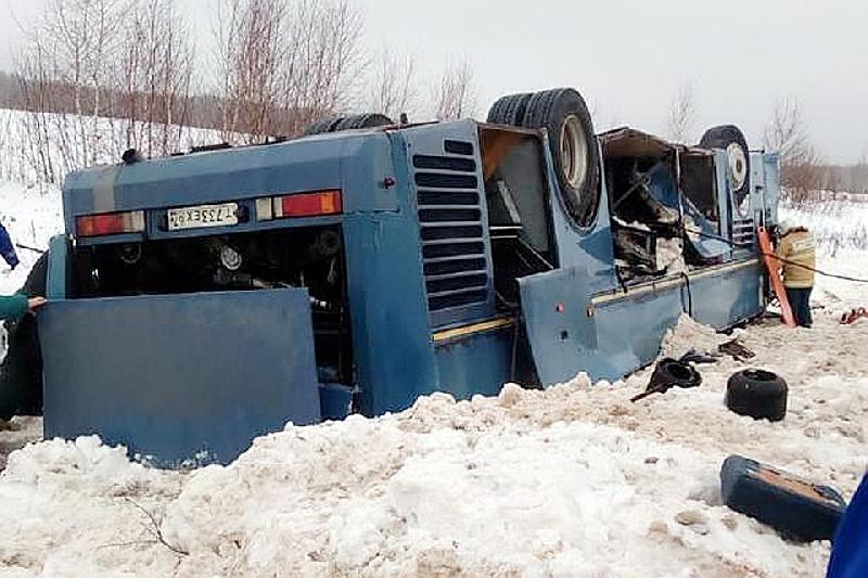 Водитель смоленского автобуса, попавшего в смертельное ДТП под Калугой, предстанет перед судом