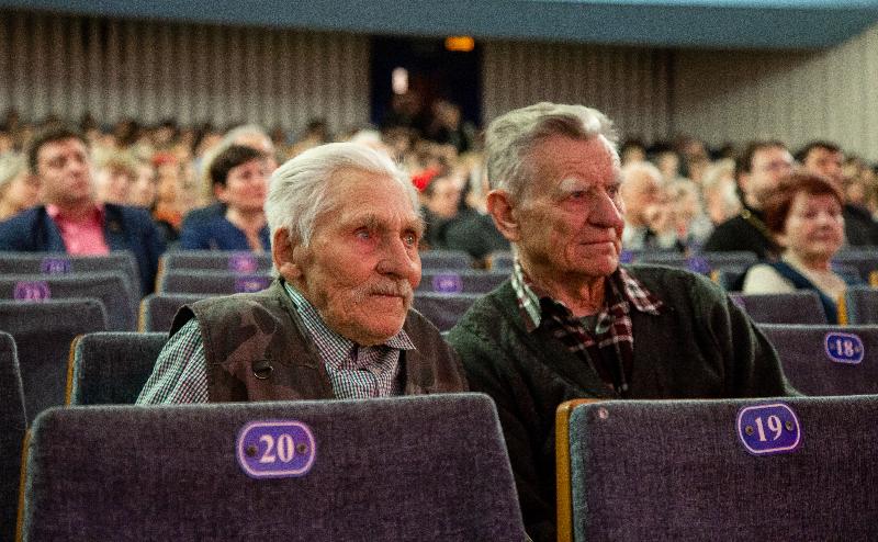 «Непокоренные»: в Смоленске состоялось торжественное мероприятие, посвященное Международному дню освобождения узников фашистских концлагерей