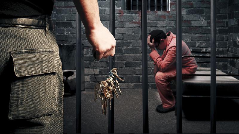 В Смоленской области заключенный пытался сбежать из тюрьмы
