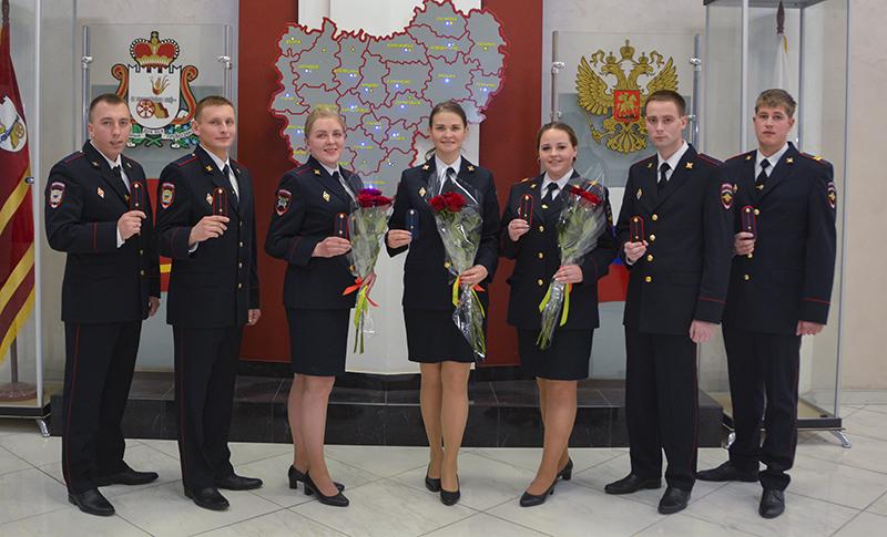 Смоленских молодых офицеров поздравили с присвоением званий