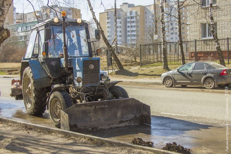 В Смоленске продолжается генеральная уборка улиц