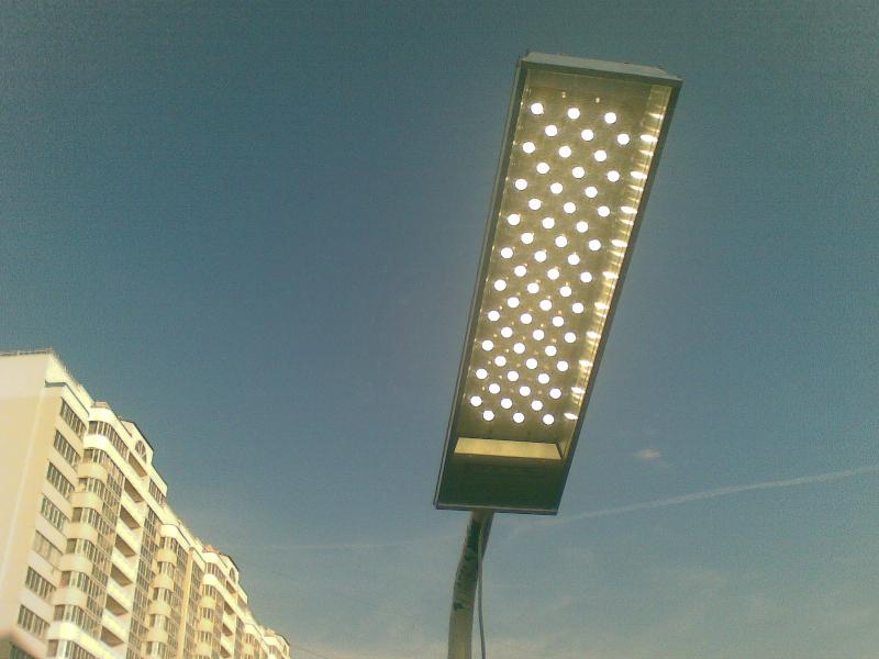 В Смоленской области устанавливают светодиодные фонари