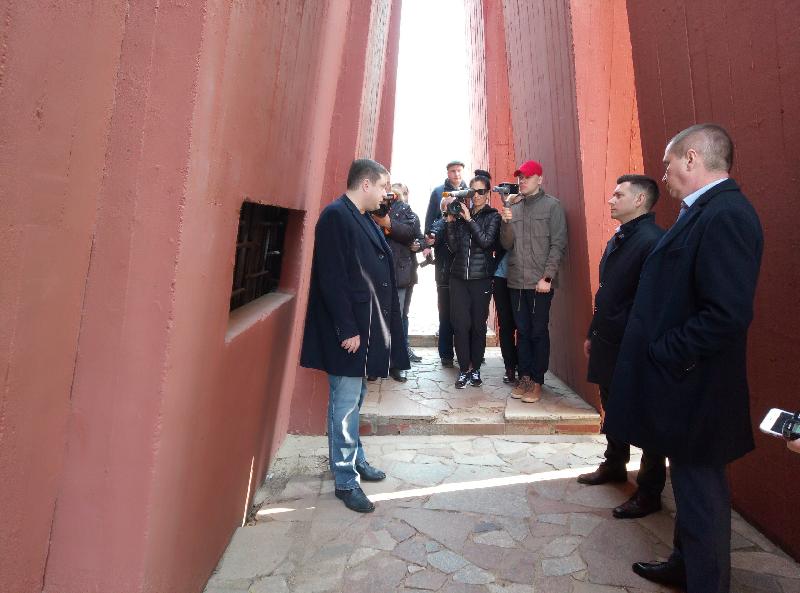 В Смоленске к Дню Победы планируют отремонтировать мемориальный комплекс