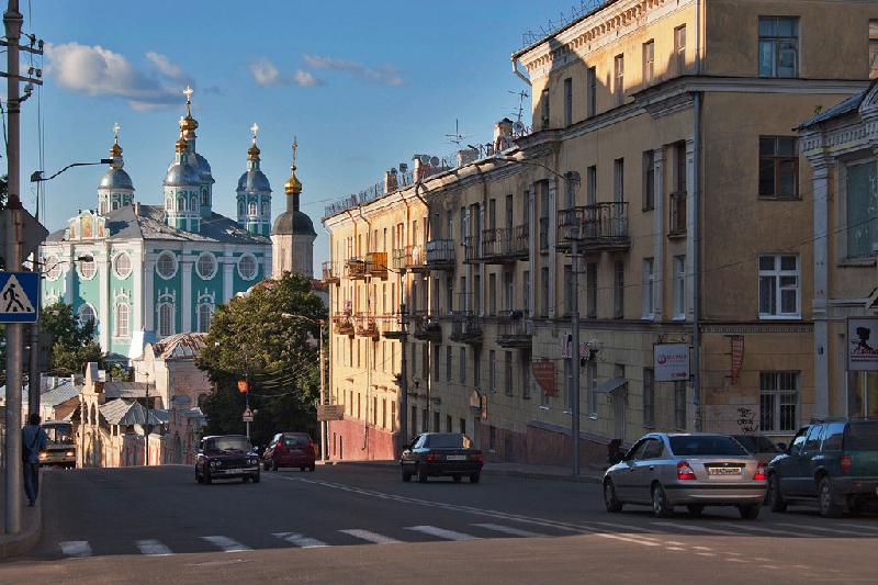 В Смоленске на два месяца ограничат движение по центральной улице