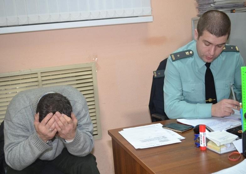 Смолянина приговорили к 10 суткам ареста за невыплаченные алименты