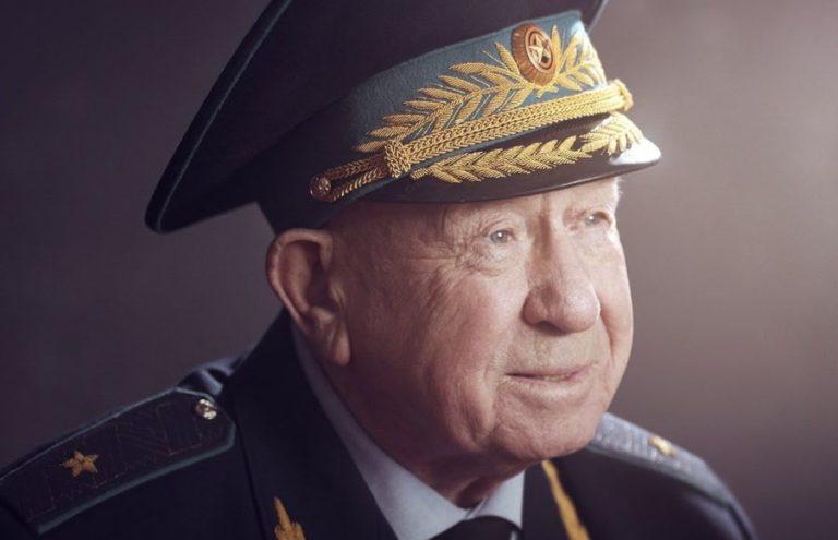 Алексей Островский поздравил с днем рождения Алексея Леонова