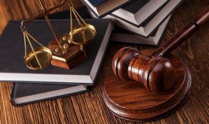 Бывшего смоленского таможенника и московского «бизнесмена» наказали за жадность