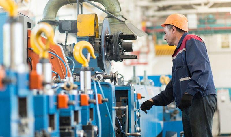 На предприятиях Смоленщины повысят производительность труда