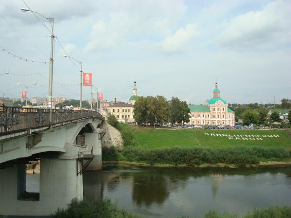 В Смоленске в Заднепровском районе закрыли мост
