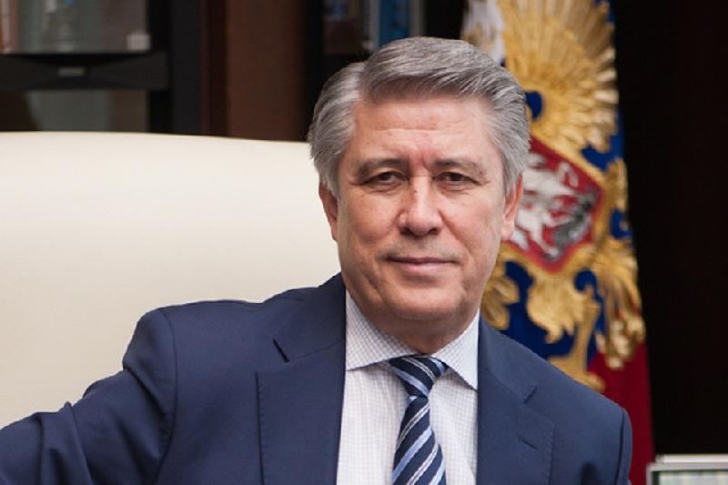 Глава региона поздравил ректора Финансового университета при Правительстве РФ Михаила Эскиндарова