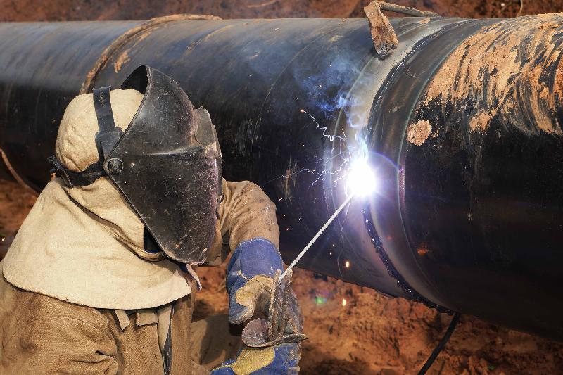 В Смоленске ремонт газопровода приостановит движение транспорта