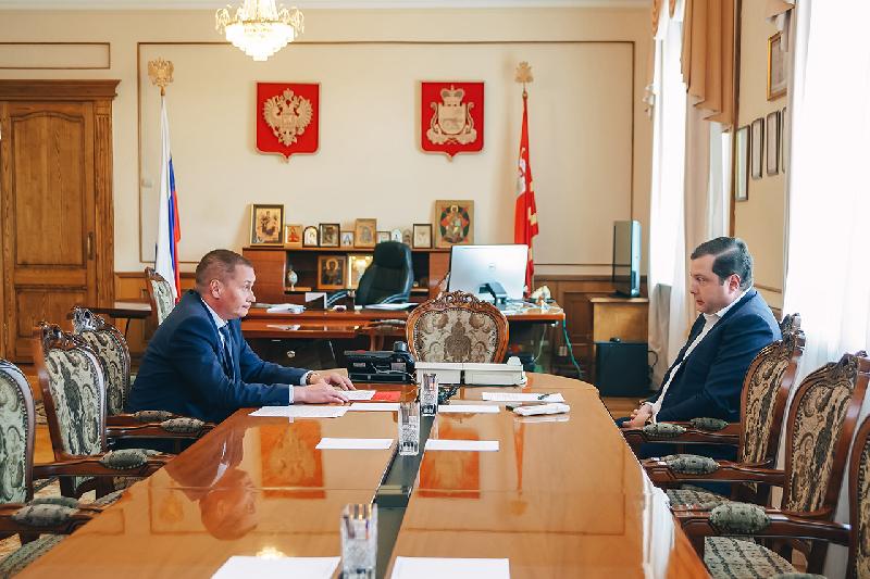 Алексей Островский обратится к Дмитрию Медведеву, чтобы изменить условия благоустройства дворов в пользу населения