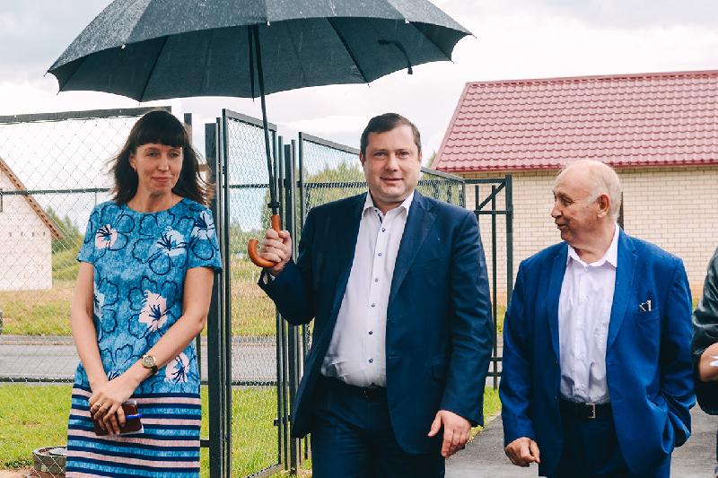 Алексей Островский оценил строительство первого на Смоленщине агрогородка