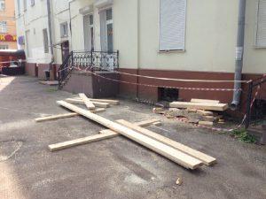 В Смоленске начали восстанавливать дом, где рухнули перекрытия