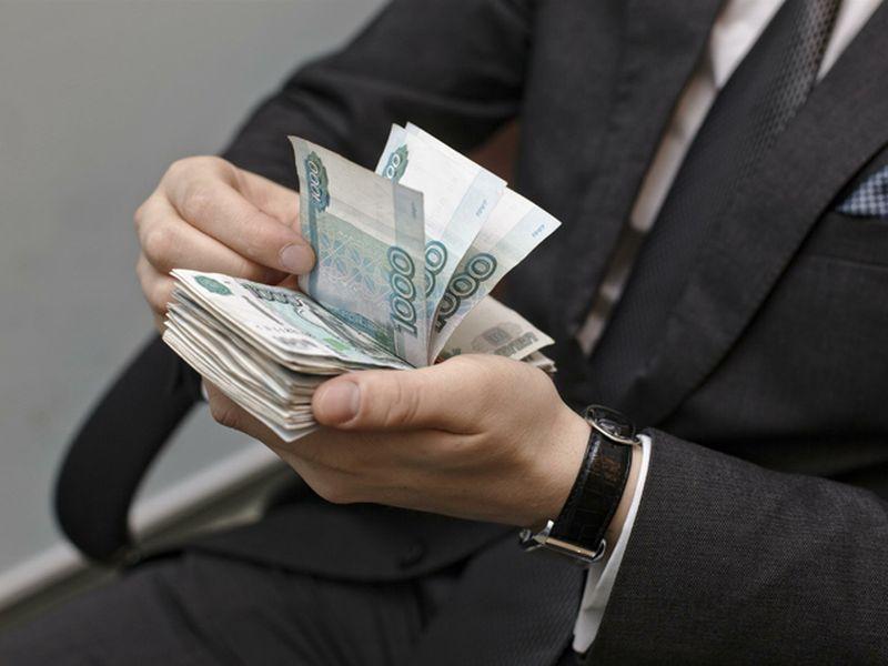 В Смоленской области директор задолжал работникам почти 2 миллиона рублей