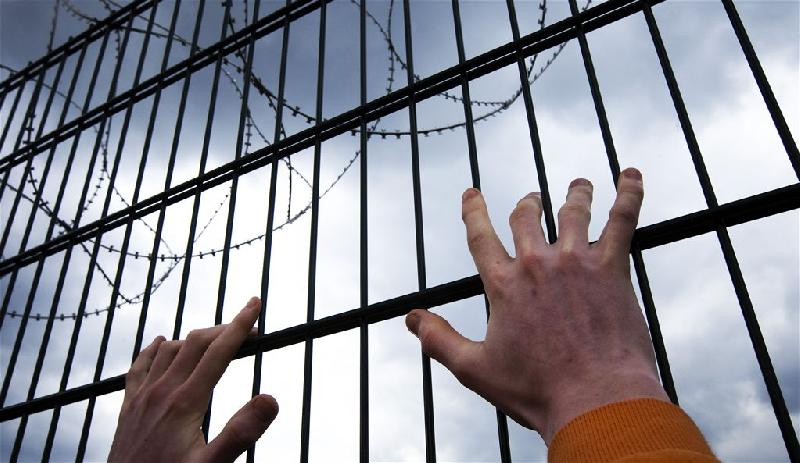 Смоляне обсуждают в соцсетях массовый побег заключенных из колонии