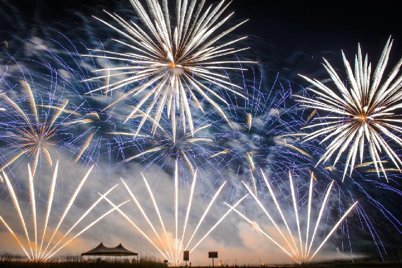 Губернатор Смоленской области принял участие в IX Международном фестивале фейерверков «#Zvezdopad»