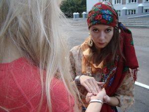 «Гадалка» из Смоленска наворожила себе «уголовку» за мошенничество