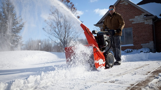Выбираем снегоуборочную техника