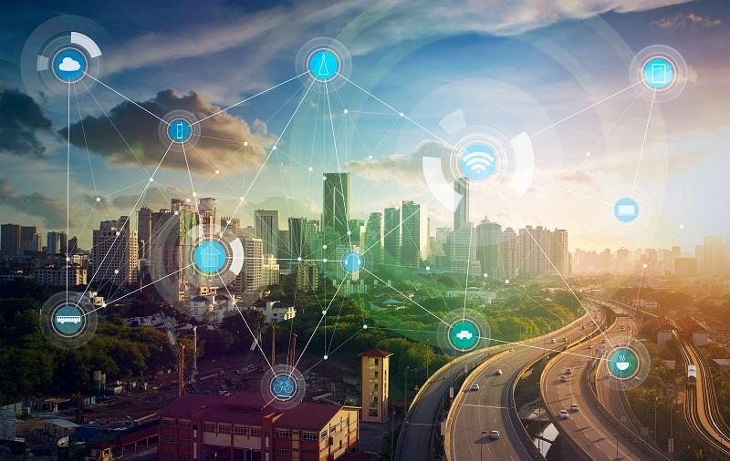 Безопасный и комфортный: как «умные технологии» преобразят Смоленск