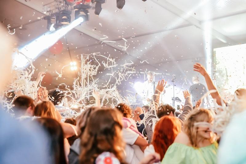 Корпоративный фестиваль ЭГГЕР в Гагарине собрал более двух тысяч гостей