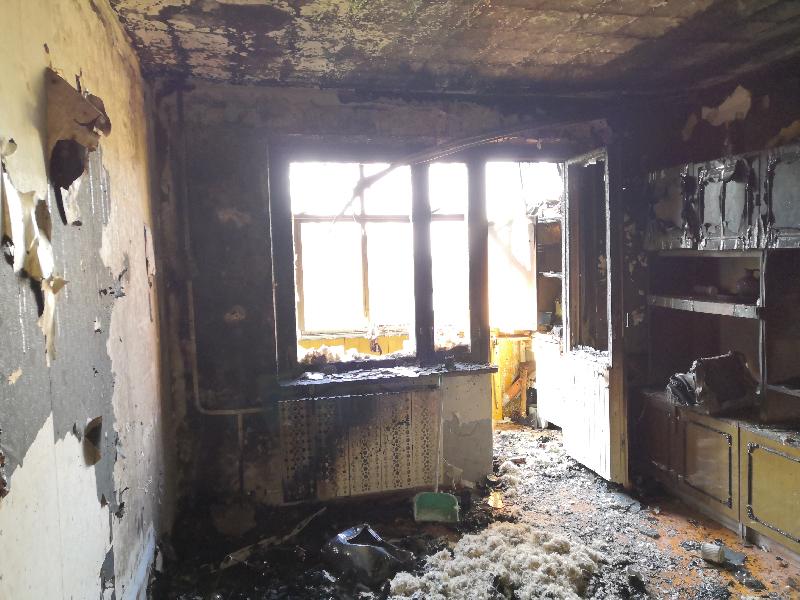 В Смоленской области жильцов девятиэтажки спасли из дымовой ловушки