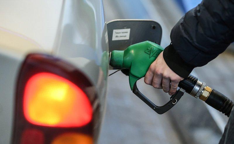 В Смоленской области «замерзли» цены на бензин