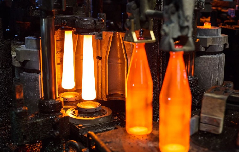 Как в Смоленской области реанимируют стекольный завод